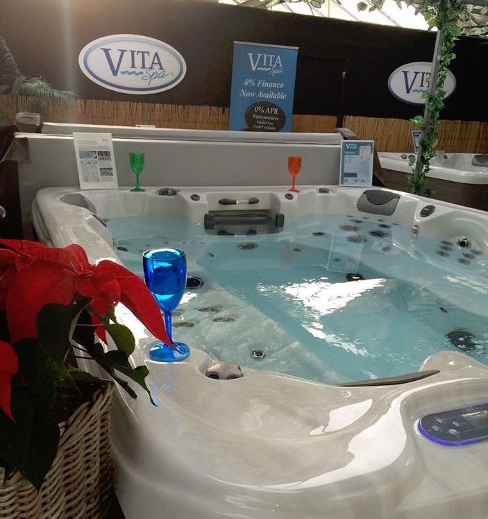 Pools & Spas Windlesham showroom photo