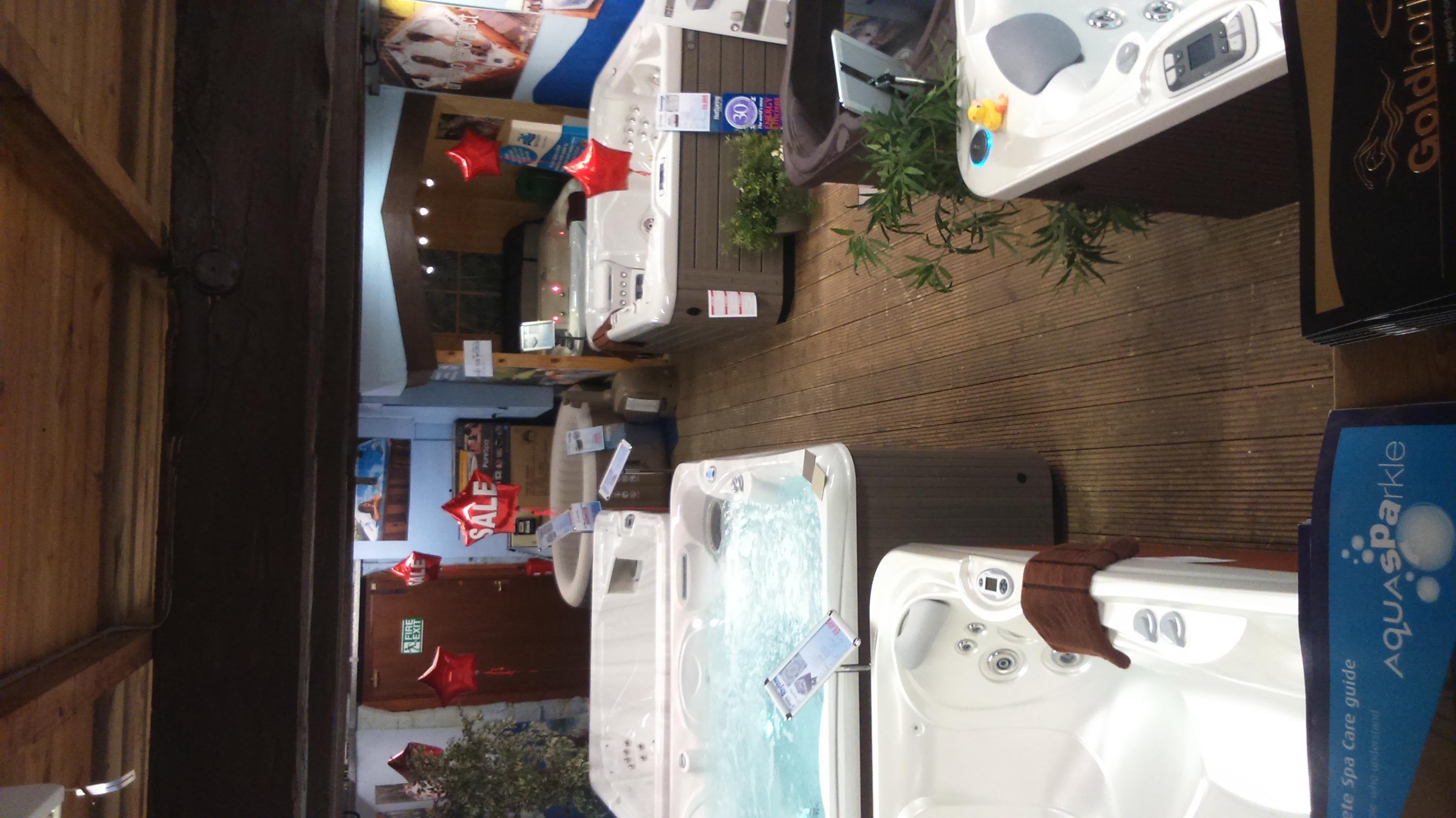 Hot Tub World showroom photo