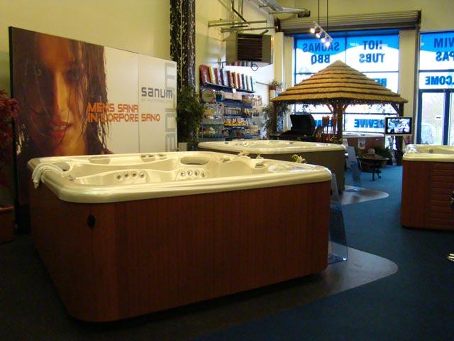 Hot Tub Barn Chelmsford showroom photo