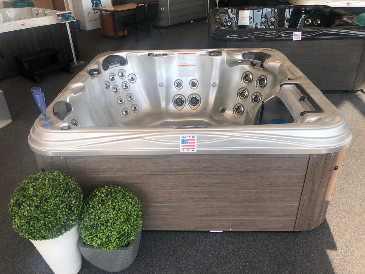 Artesian Spas showroom photo