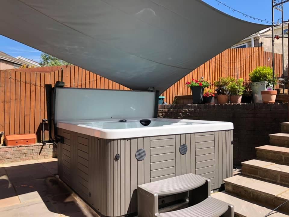 BOS Leisure Pyle Ltd installation photo