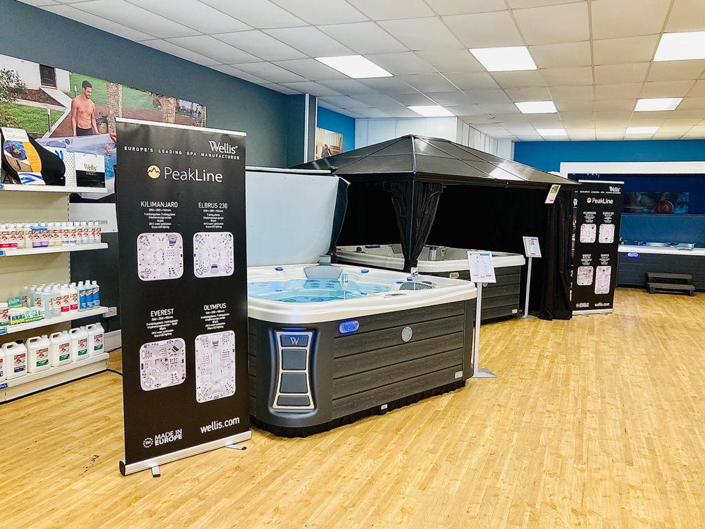 Dream Spas Cardiff showroom photo