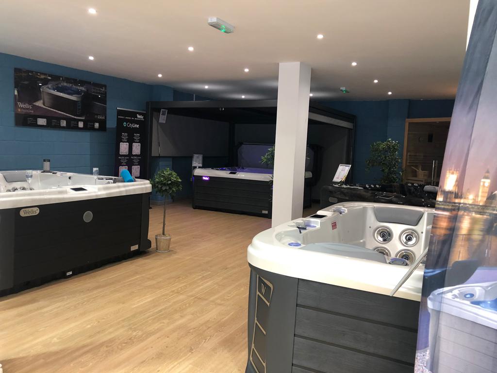 Dream Spas Swansea showroom photo