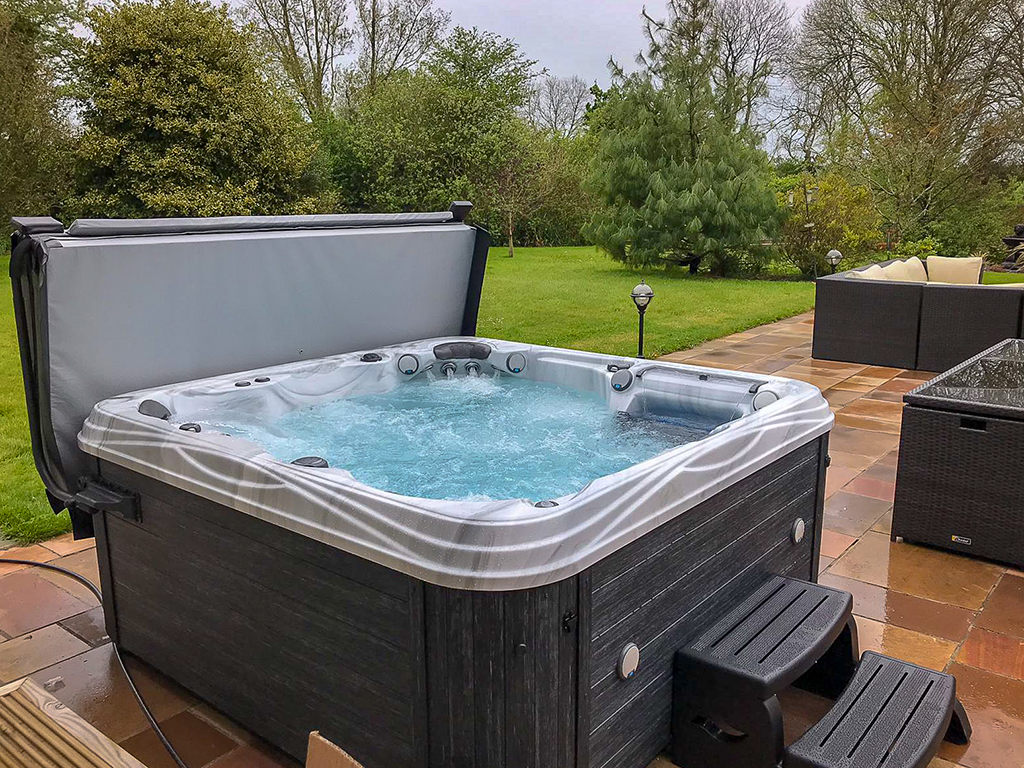 Castle Hot Tubs (Swansea) installation photo