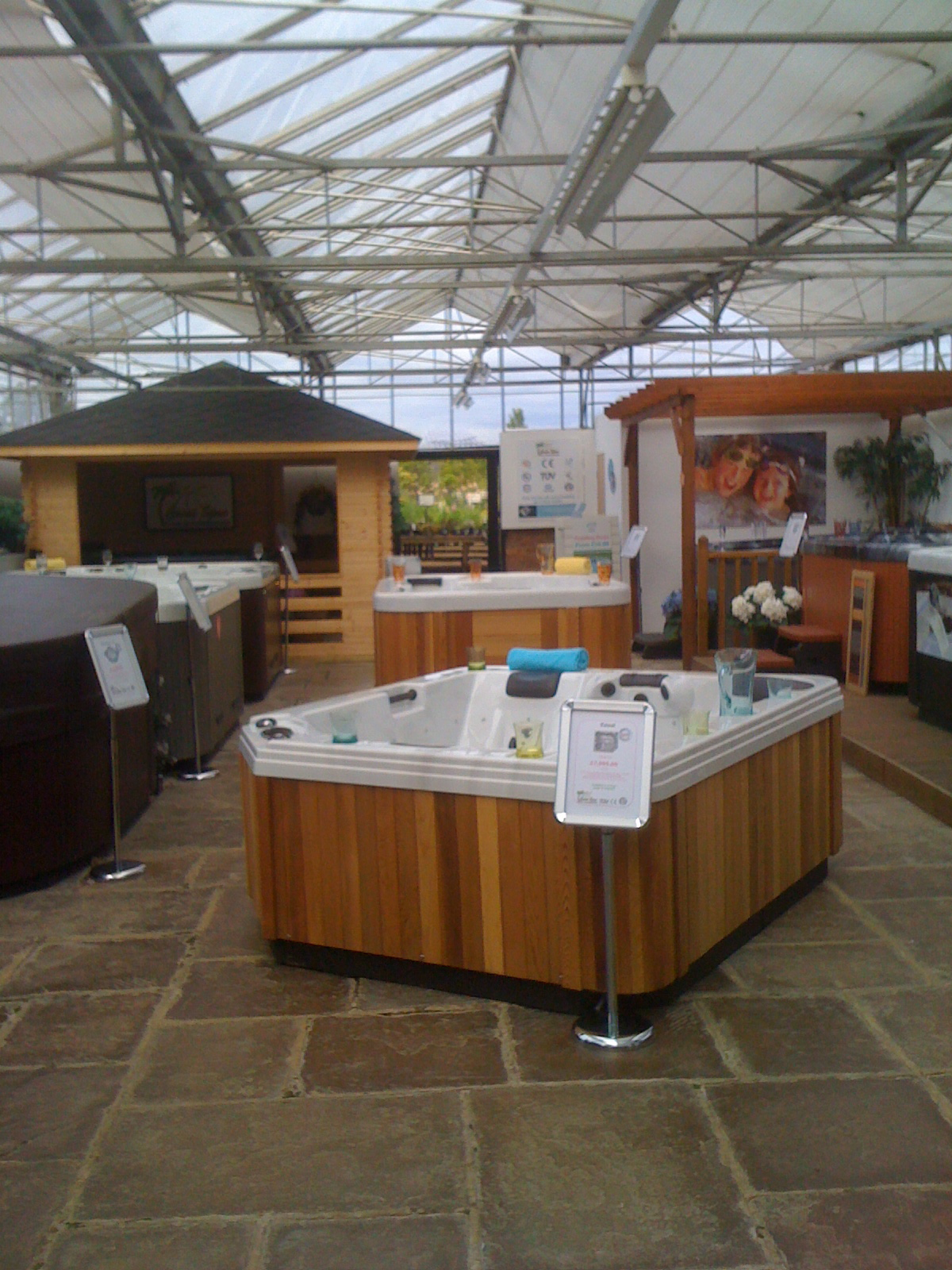 Hot Tubs At Home showroom photo