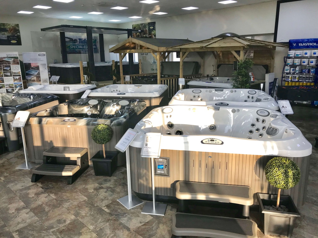 Outdoor Living Hull showroom photo