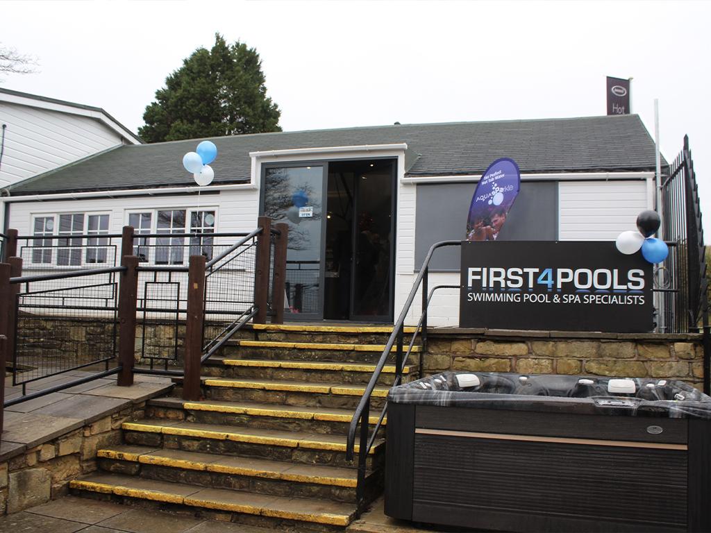 First 4 Pools Bath showroom photo