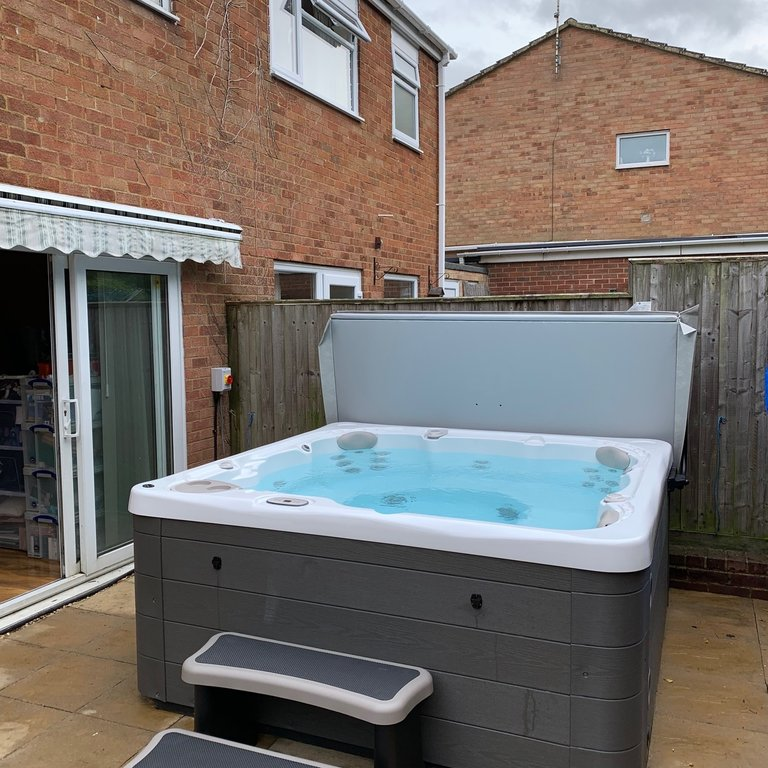 Hydropool Dorset installation photo